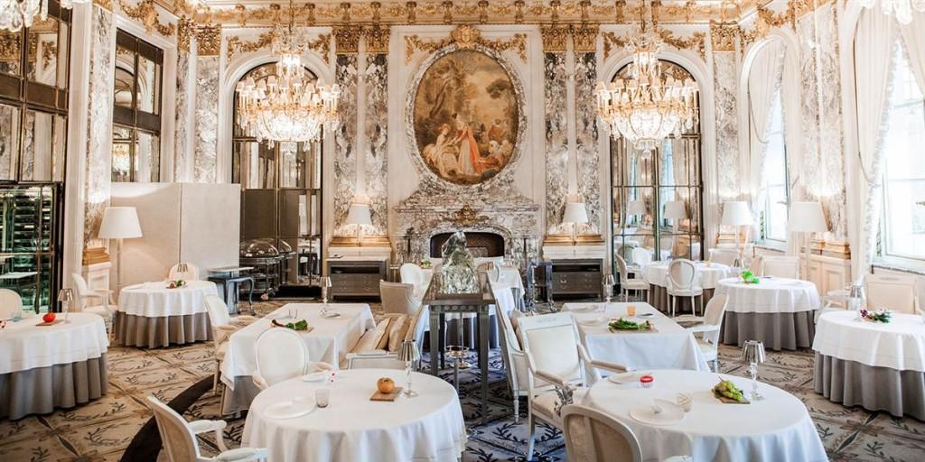 فنادق باريس الفخمة فندق لو موريس