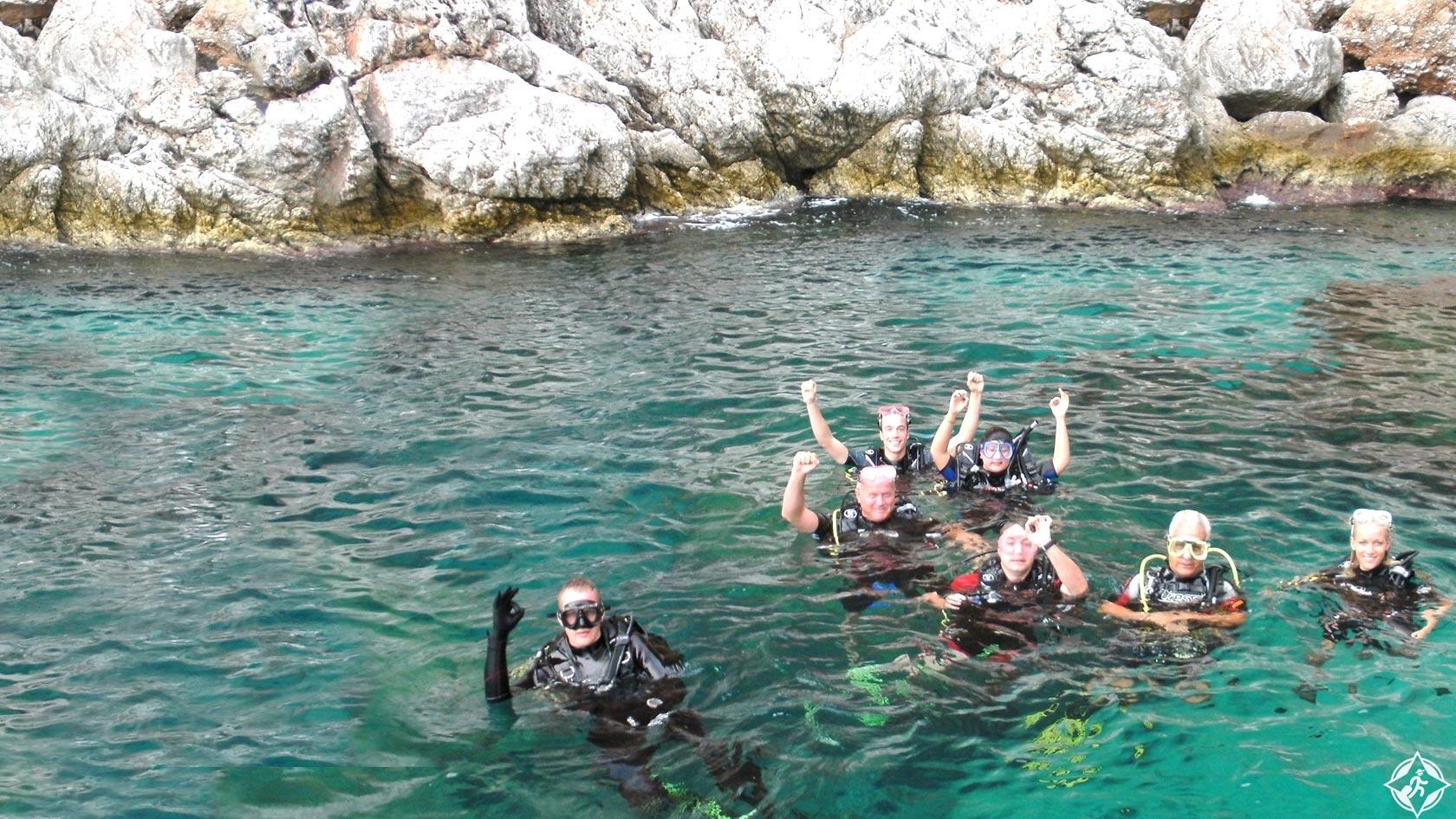 الغوص في ألانيا