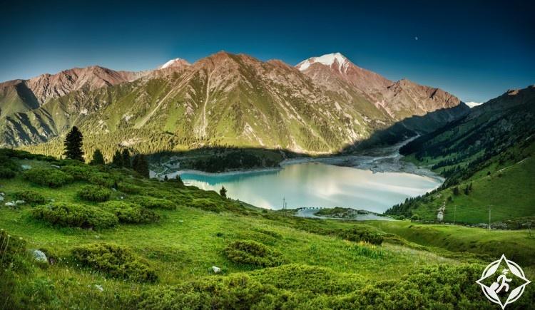 المناطق السياحية في كازاخستان
