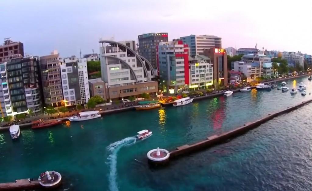 مالية .. مناطق سياحية في المالديف