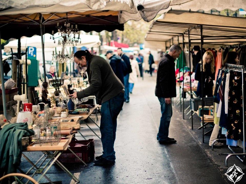 أسواق باريس الصغيرة