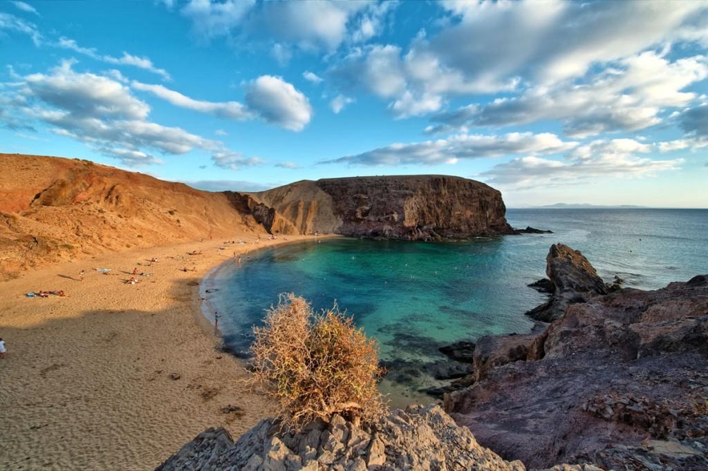 شاطئ باباغايو في جزيرة لانزاروت