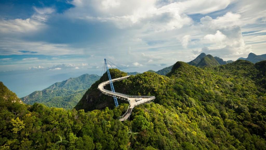 جسر السماء Jambatan Udara في ماليزيا