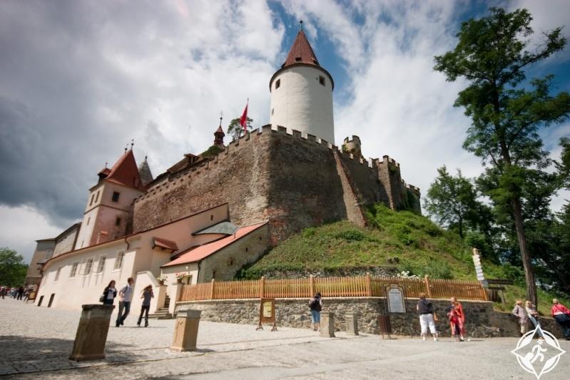 قلعة كريفوكلات عن قرب