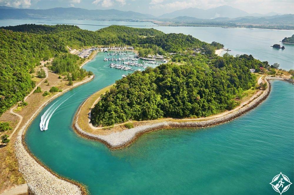 فيفانتا باي تاج ، جزيرة ريباك