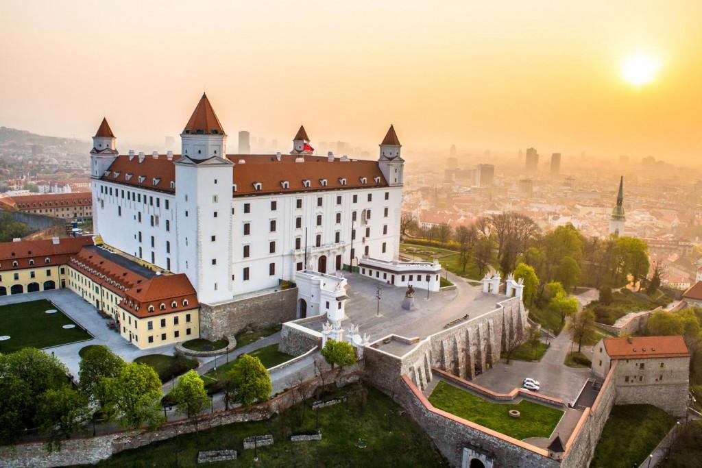قلعة براتيسلافا
