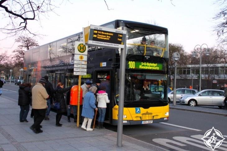 الحافلات السياحية