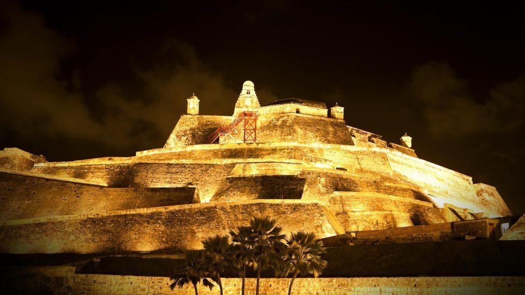 قلعة سانت فيليب ، أفضل اوقات السفر الى كولومبيا