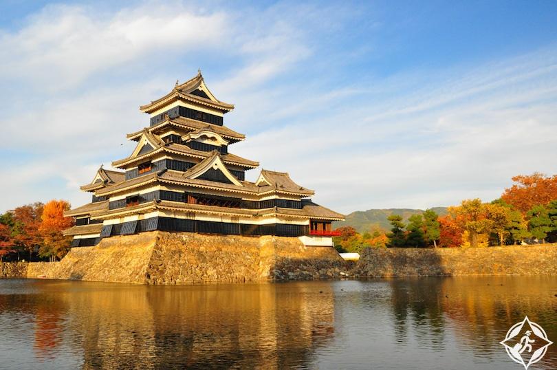 اليابان - قلعة ماتسوموتو - القلاع في اليابان