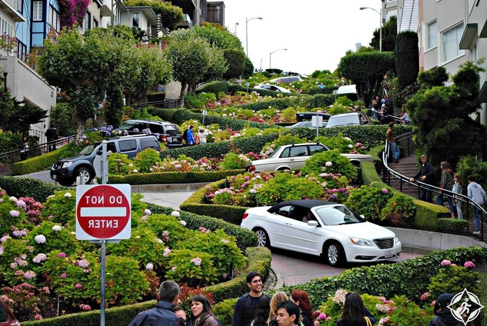 أمريكا-سان فرانسيسكو-شارع لمبارد-أشهر معالم سان فرانسيسكو