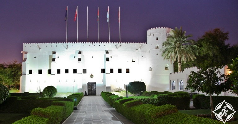 سلطنة عمان-مسقط-المتحف العماني-الأماكن السياحية في مسقط