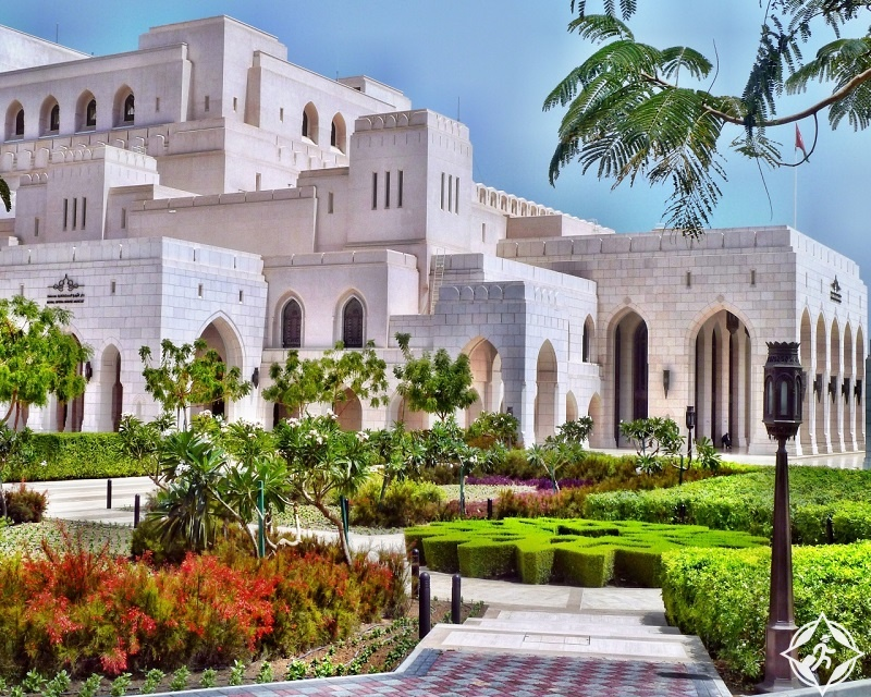 سلطنة عمان-مسقط-دار الأوبرا السلطانية-الأماكن السياحية في مسقط