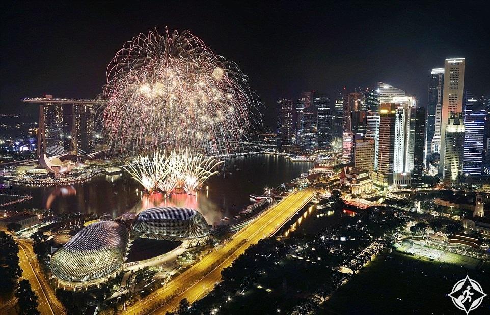 سنغافورة-الحي المالي-احتفالات رأس السنة-العام الجديد