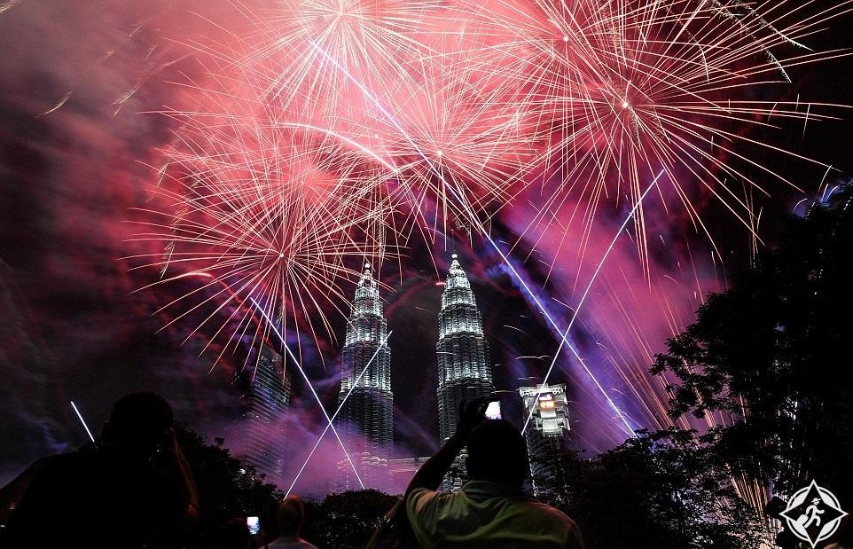 ماليزيا-كوالالمبور-البرجين التؤام-العام الجديد