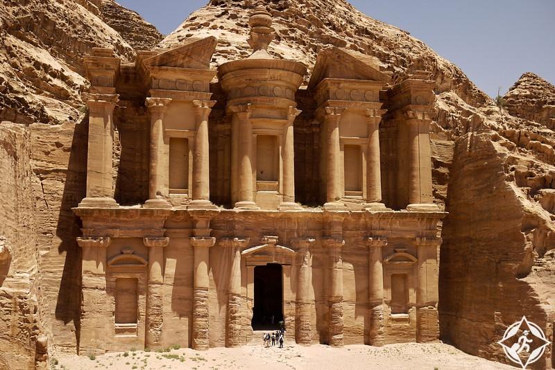 الأردن-البتراء-أنواع السياحة في الأردن