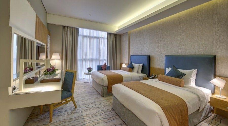 الإمارات-دبي-فندق رويال كونتيننتال-رويال كونتيننتال
