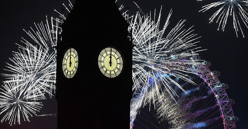 بريطانيا-لندن-الالعاب النارية-العام الجديد 2017