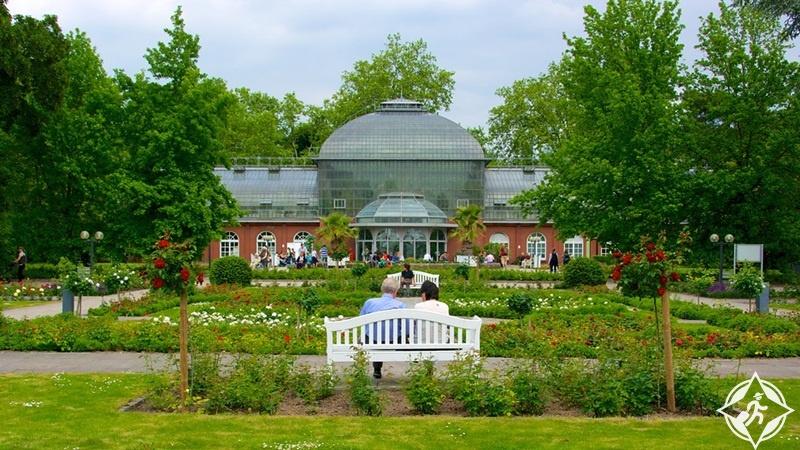 ألمانيا-فرانكفورت-حديقة النخيل-أماكن الترفيه في فرانكفورت