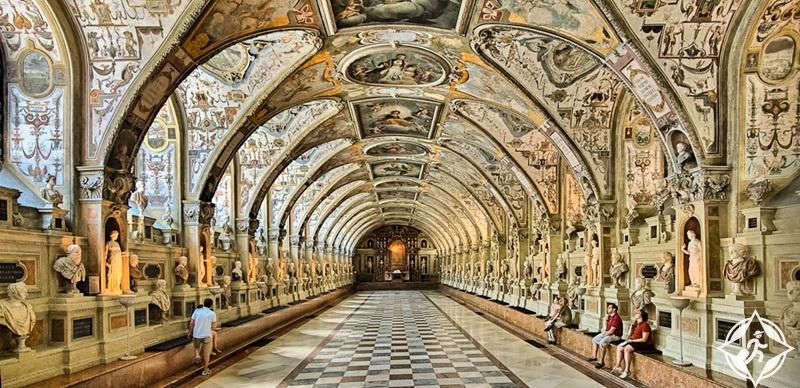 ألمانيا-ميونخ-قصر ريزيدينز الكبير-الأماكن السياحية في ميونخ