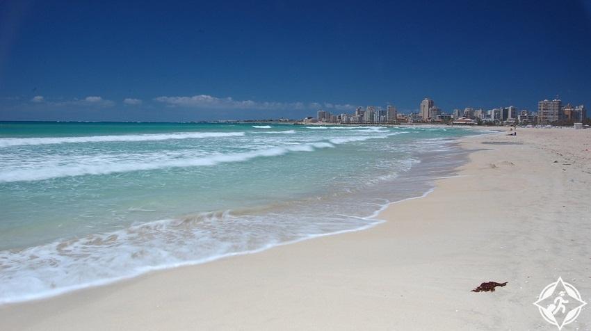 أماكن ترفيهية في لبنان - شاطئ البترون