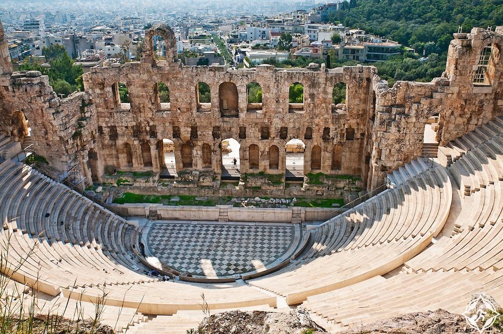 السفر إلى أثينا