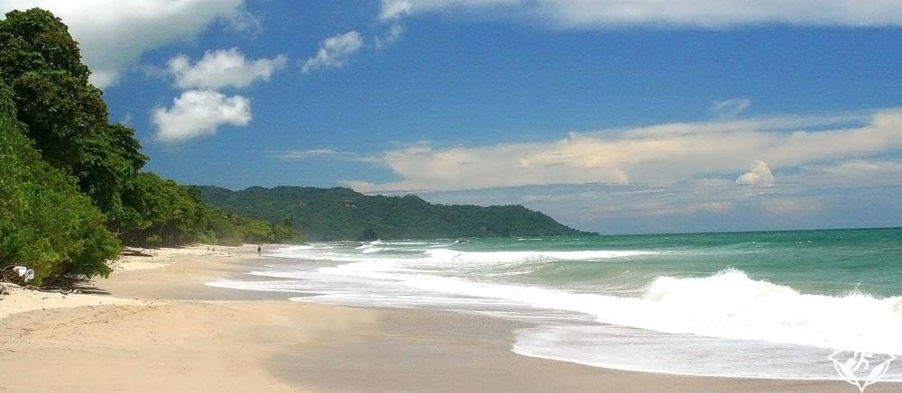 السياحة في كوستاريكا - مال بايس