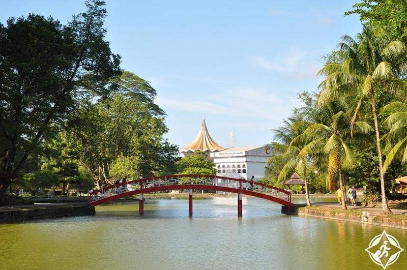 كوتشينغ ماليزيا - حديقة تامان بوديا