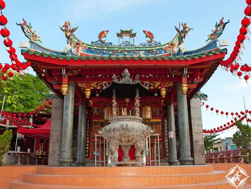 كوتشينغ ماليزيا - معبد توا بيك كونغ