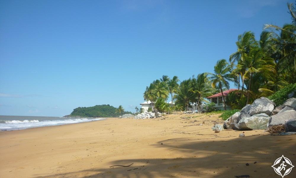 المعالم السياحية في غويانا - شاطئ ريمير مونتجولي