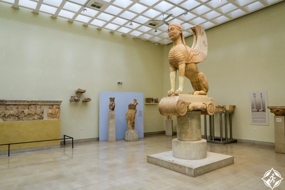 المعالم السياحية في دلفي - متحف دلفي الأثري