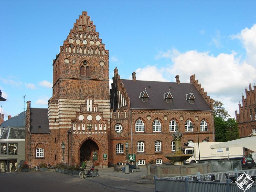المعالم السياحية في روسكيلد - قاعة مدينة روسكيلد