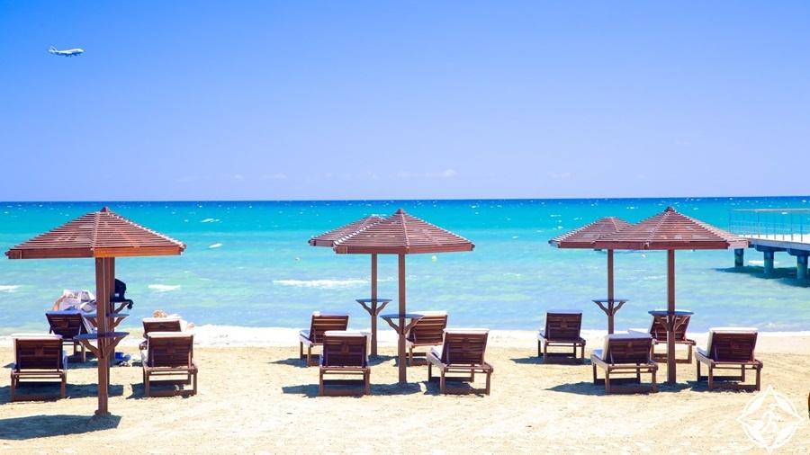 المعالم السياحية في لارنكا - شاطئ فينيكودس
