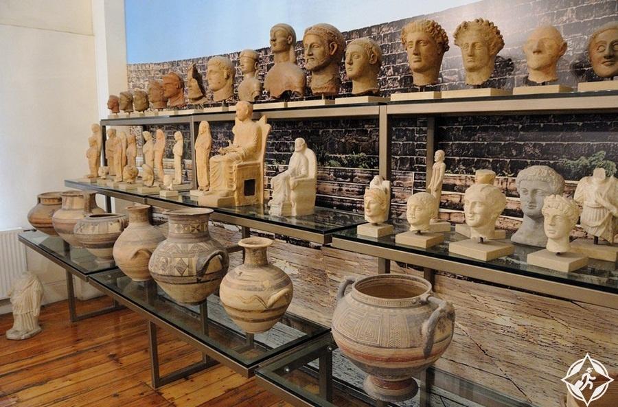 المعالم السياحية في لارنكا - متحف بييريديس للآثار
