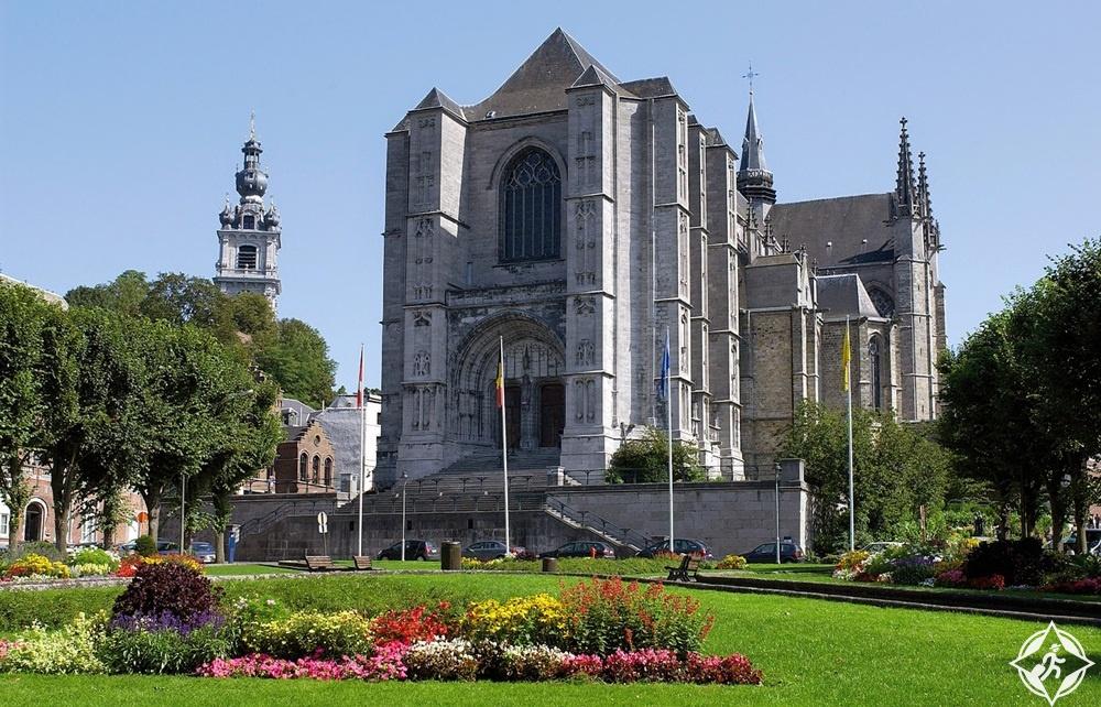 المعالم السياحية في مونس - كنيسة سانت وودرو