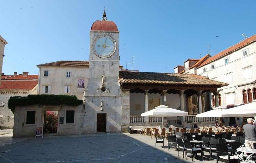 كرواتيا-تروجير-برج الساعة