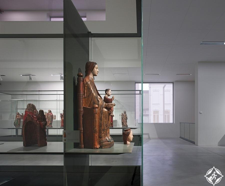 معالم الجذب السياحي في لوفين - متحف فاندركيلن