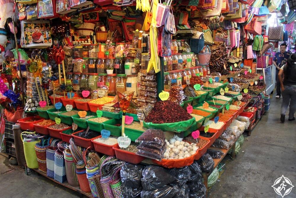 أواكساكا - ساحة وسوق بينيتو خواريز