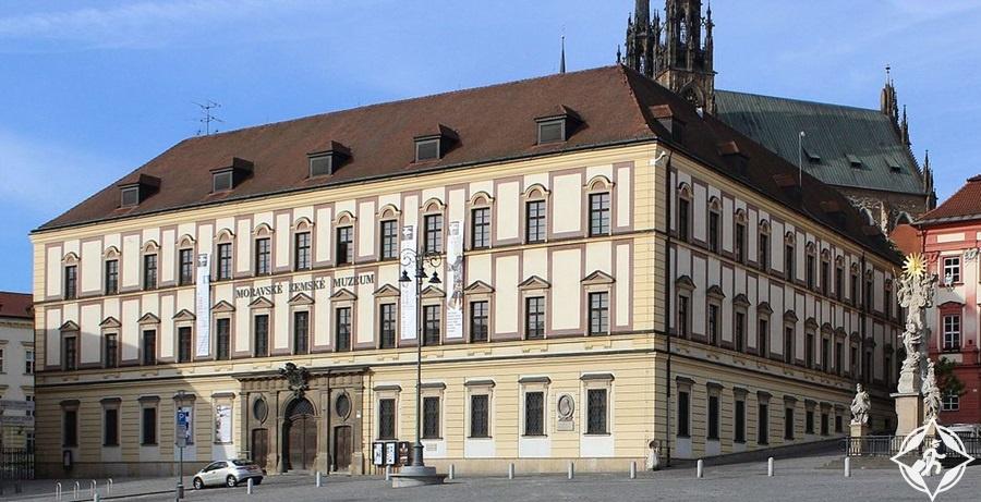 برنو - قصر ديتريشتاين
