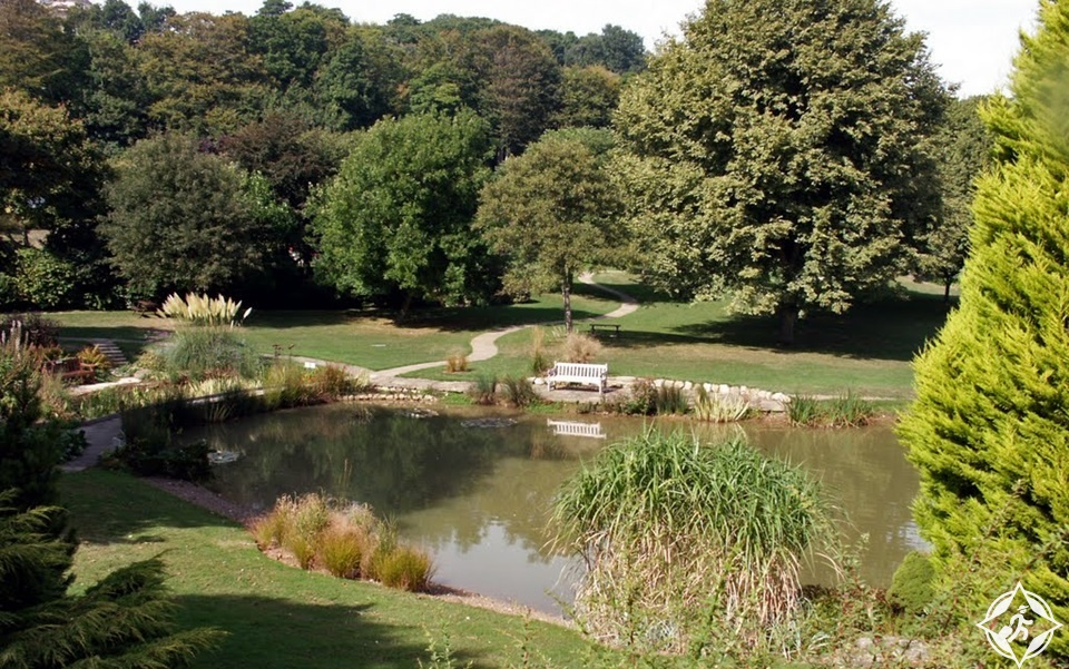 دوفر - حديقة الصنوبر