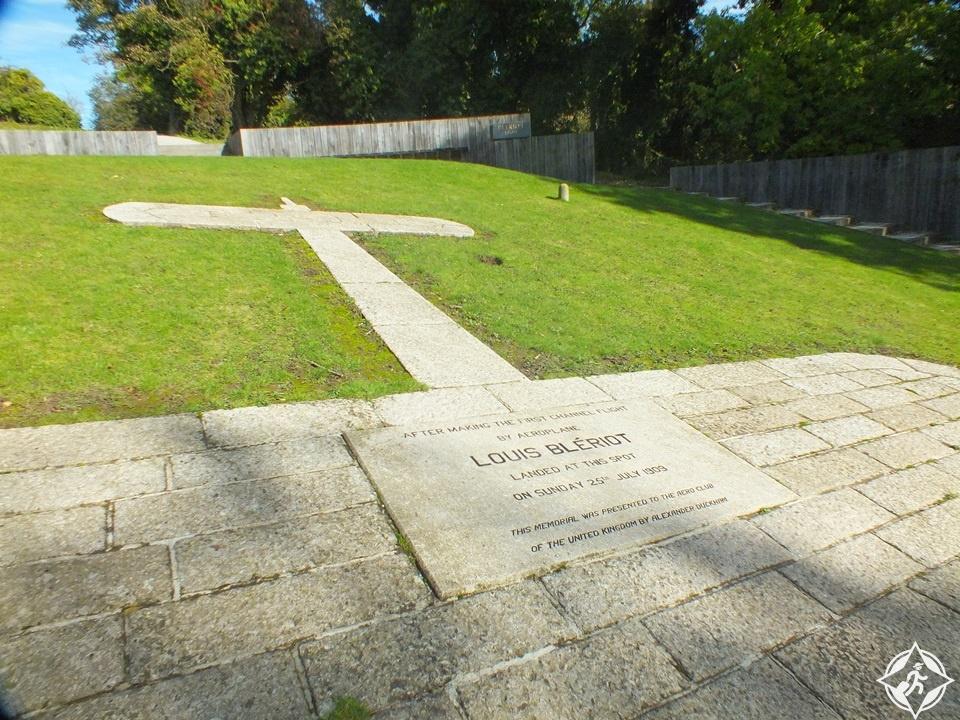 دوفر - نصب بليريوت التذكاري