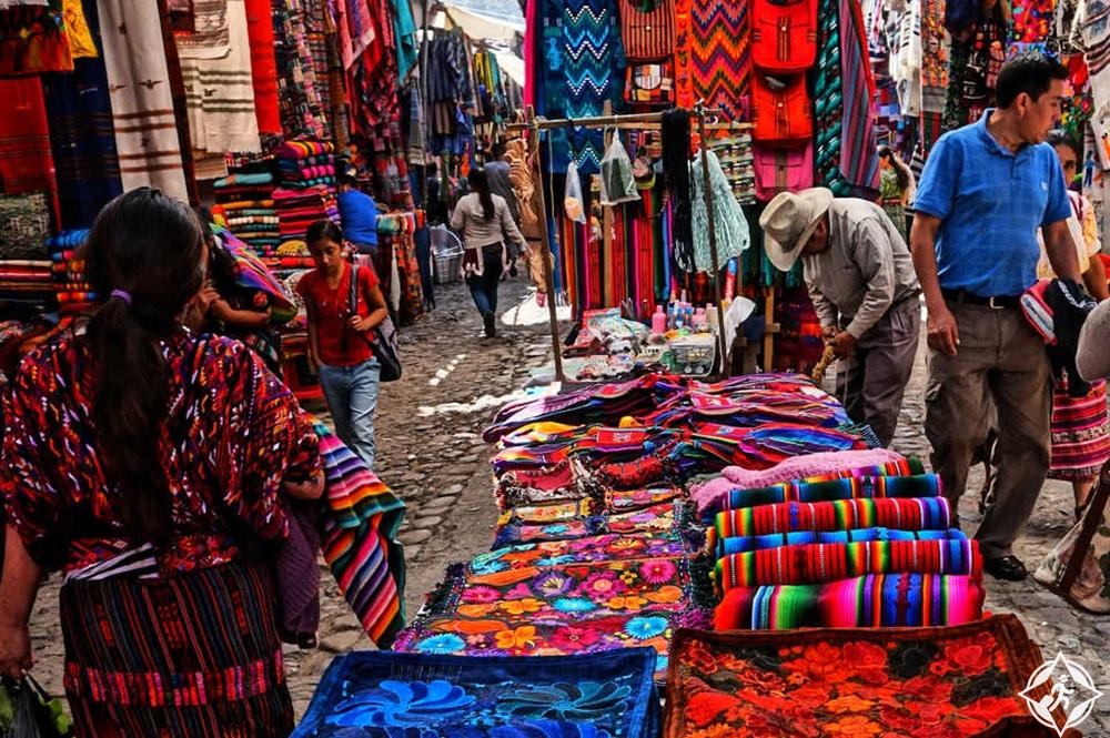 غواتيمالا - سوق تشيشيكاستينانغو