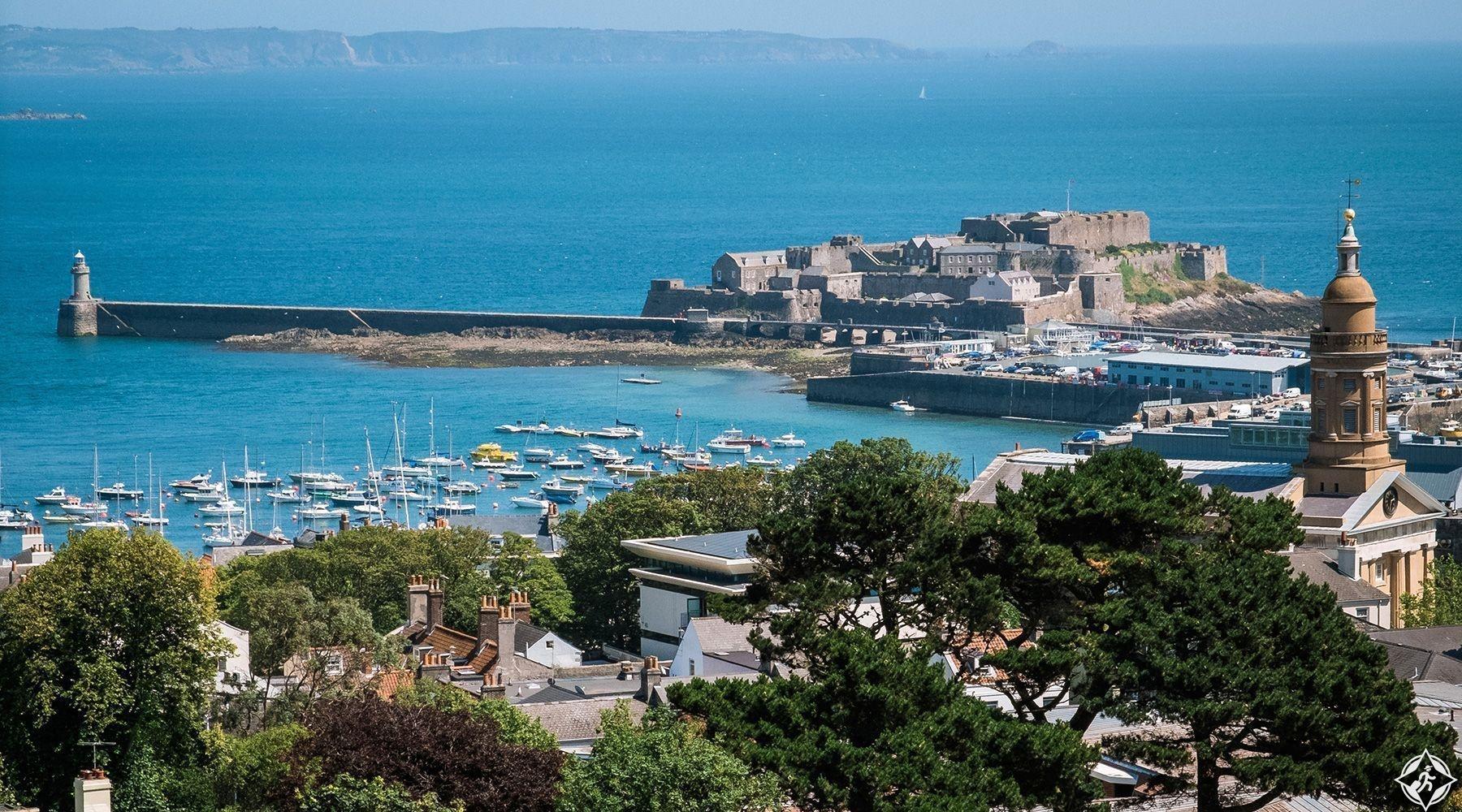 غيرنسي-أهم المعالم السياحية في جزر القناة