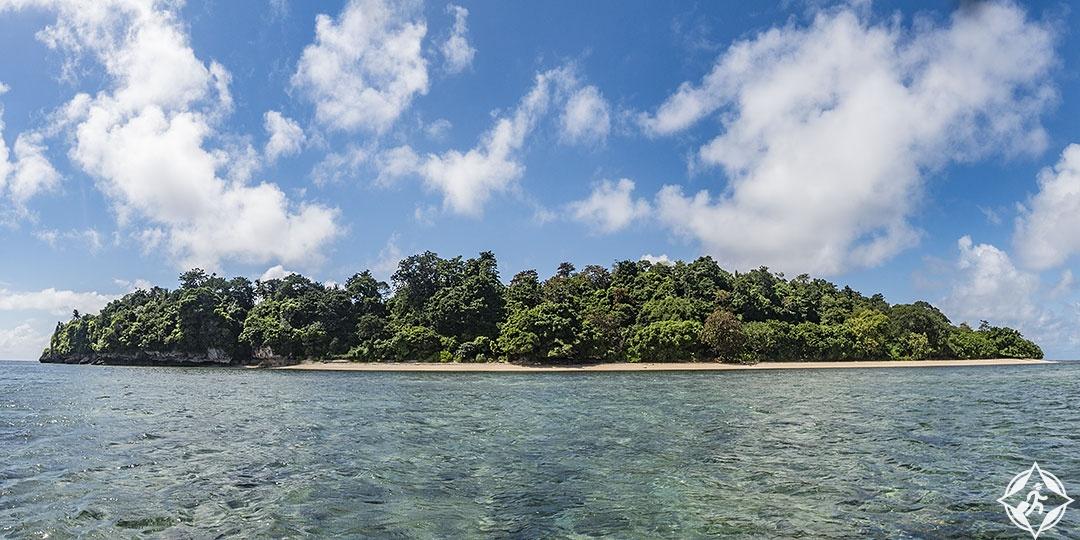 باندا .. جزر رائعة بنكهة اللوز ورائحة التوابل الإندونيسية جزيرة-آي.jpg