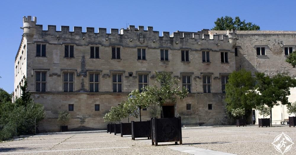 أفينيون - متحف قصر بيتي