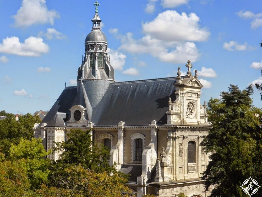 بلوا - كنيسة سانت فنسنت