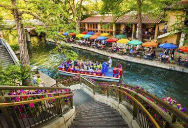تكساس - ممشى النهر المذهل في سان أنطونيو
