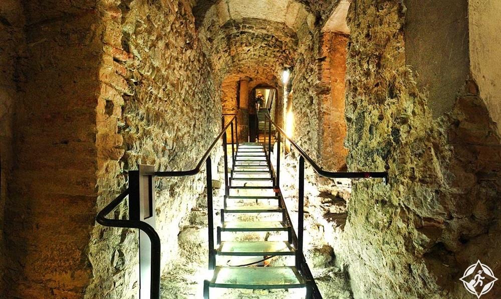 غرونوبل - المتحف الأثري غرونوبل سانت لورانس 2