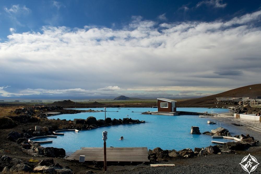 حمام بركة ميفاتن الطبيعي-شمال ايسلندا