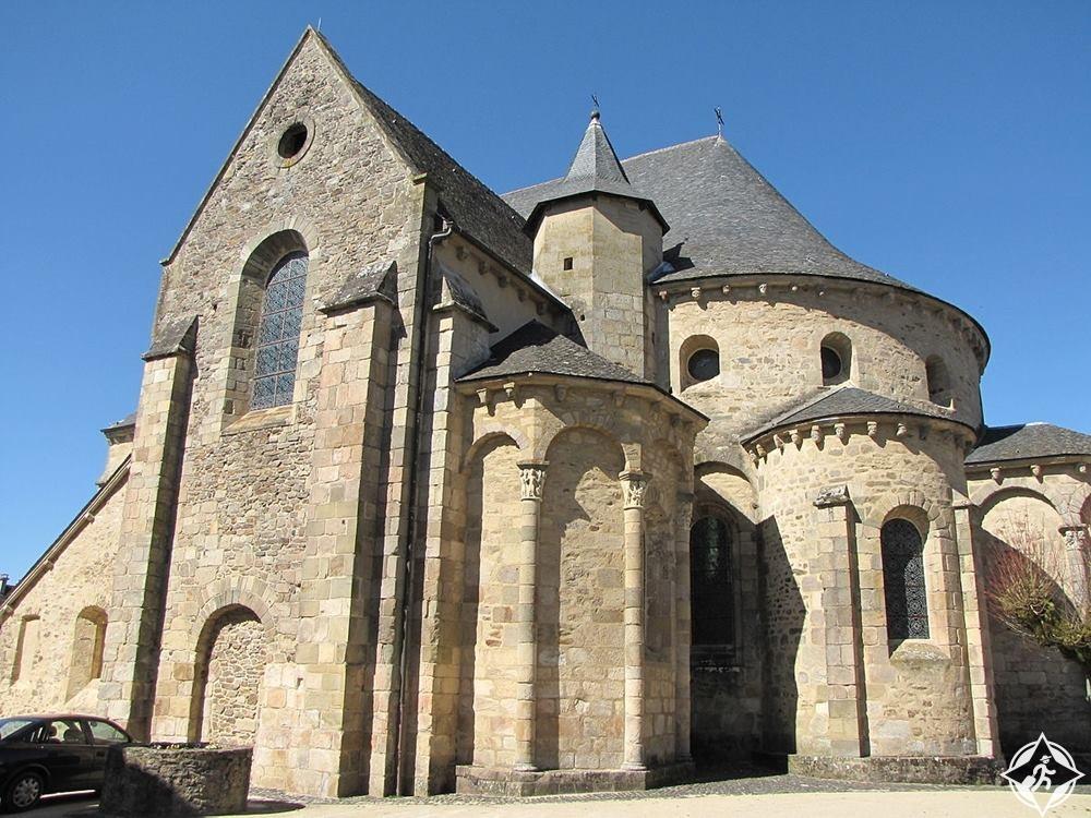 دير القديس بير وسانت بول-فرنسا-ليموزين