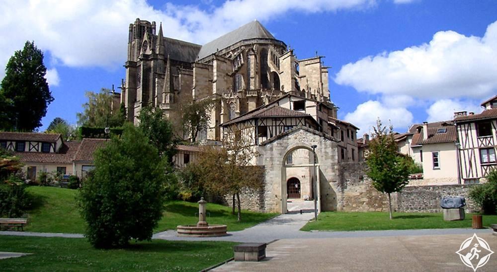 ليموج-فرنسا-ليموزين